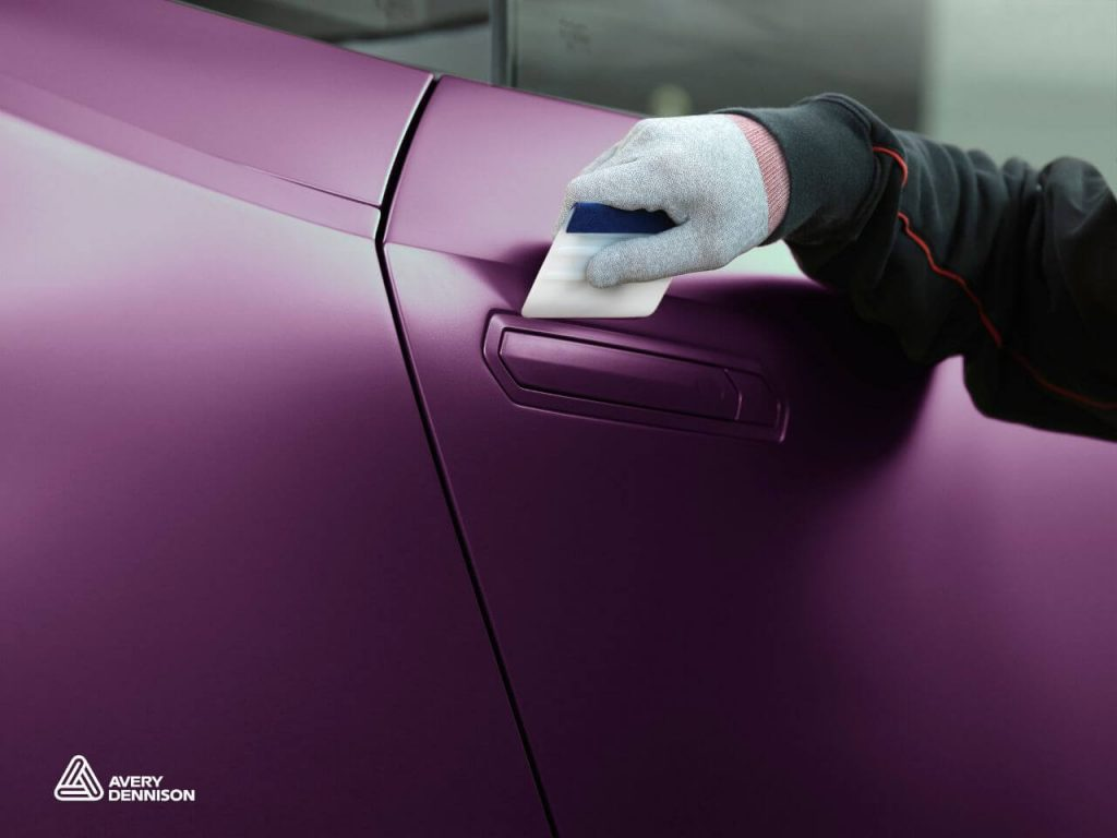 Supreme-Wrapping-Film-Avery-Dennison-Car-Wrapping
