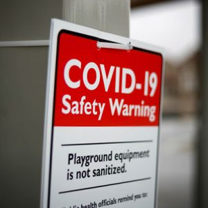 Skyltar med varning